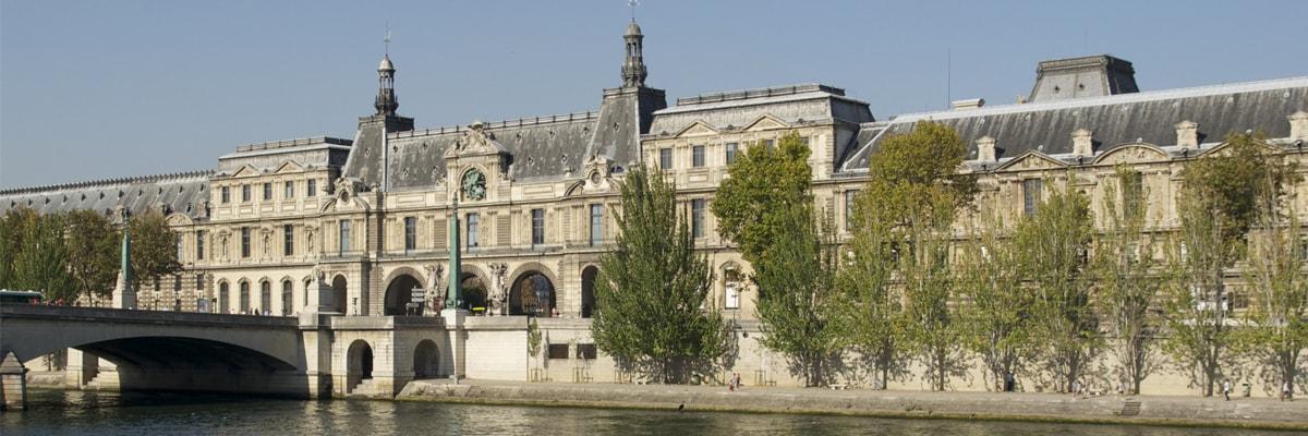 La loi sur les Monuments Historiques vous permet d'effacer de vos impôts en investissant sur un logement Classé ou inscrit à l'Inventaire Supplémentaire des Monuments Historiques(ISMH)