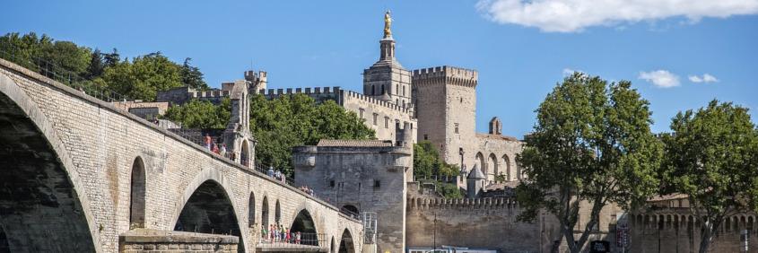 Découvrez Avignon et ses atouts pour un investissement immobilier