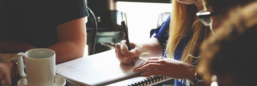 Forte demande locative, fiscalité avantageuse et bonne rentabilité, investir en LMNP dans une résidence étudiante de services présente de nombreux avantages.