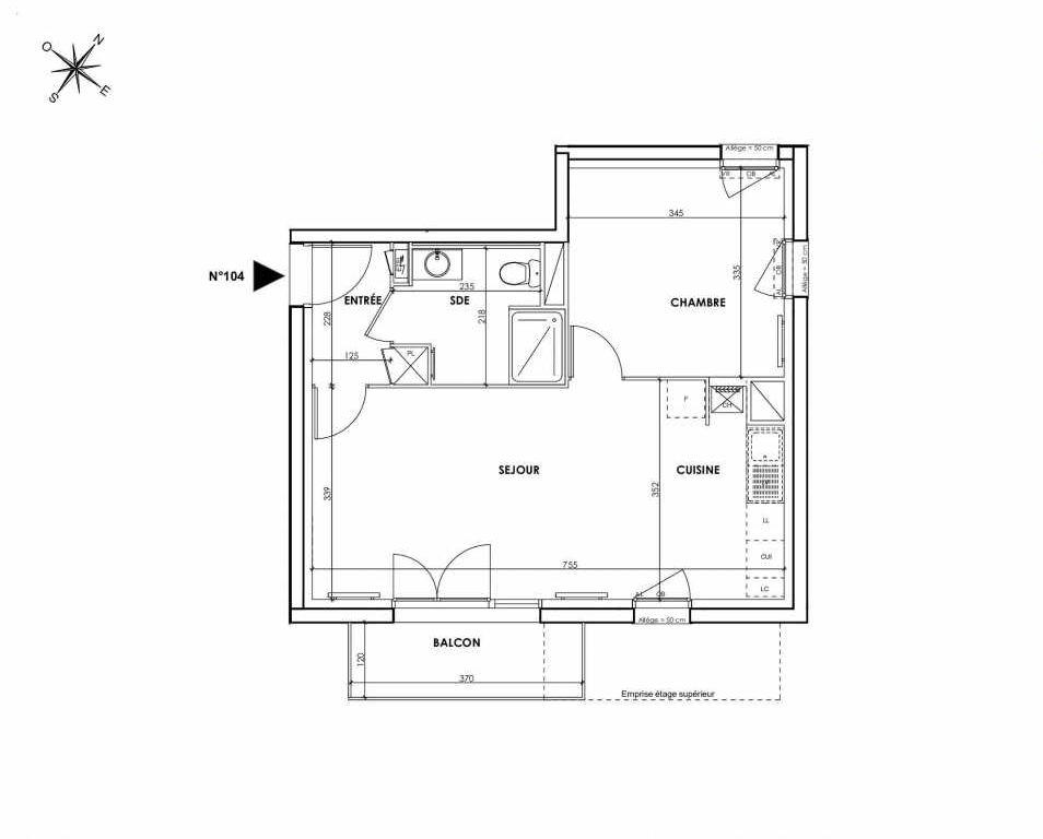 Plan 104, appartement neuf type T2 au 1er étage, orienté Sud faisant 45m² du programme neuf BEAU SEJOUR à Tourcoing.