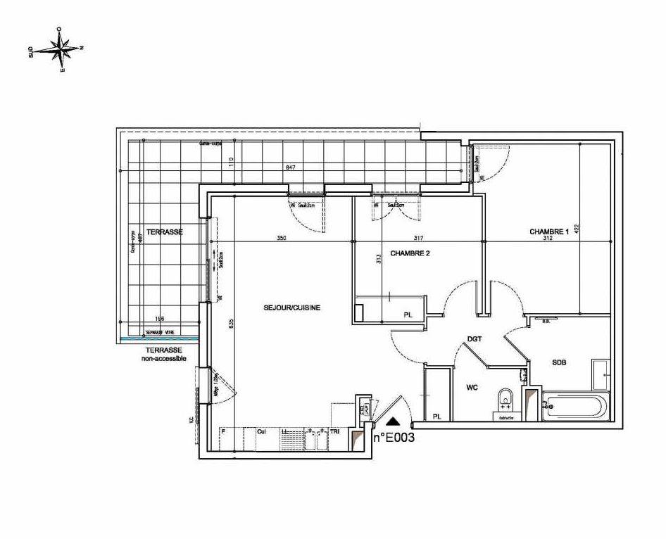 Plan E003, appartement neuf type T3 au Rez de chaussée, orienté Ouest faisant 61m² du programme neuf Coeur Mougins - Jardins des Sens et Jardins en Vue à Mougins.
